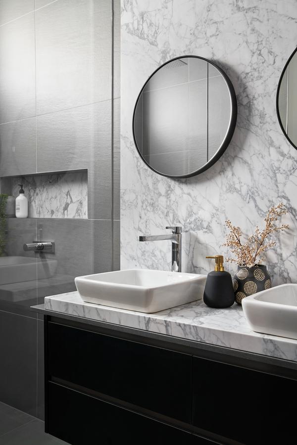 Medium jenkins st bathroom 1
