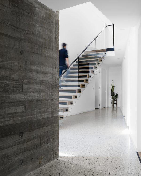 Medium two angle house 06
