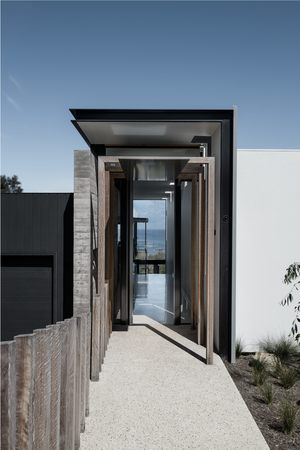Small two angle house 03
