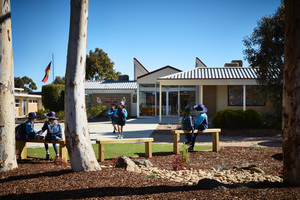 Small kismetparkprimaryschool02
