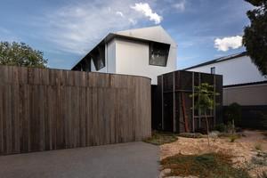 Small habitech hamptonhouse 105