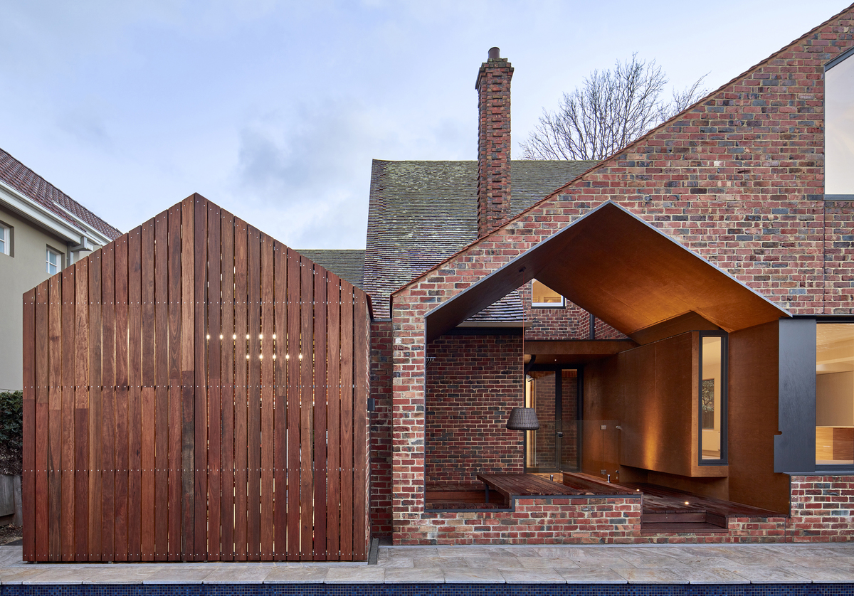 Large tudor revival house melbourne renovation by warc studio architects03