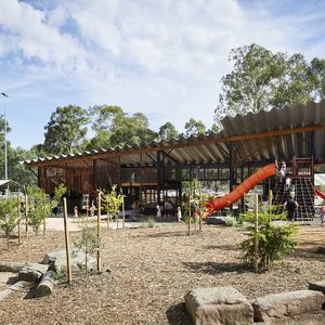 Large thumb eltham nth playground 03