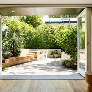 Large thumb contemporary courtyard 100216 127630